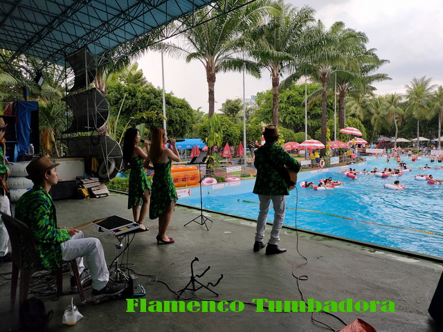 Flamenco Tumbadora Band Dam Sen Water Park 003